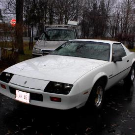 """MaxSold Auction: Location A: 5PM - 8PM - CONDO 316 Kingsdale Avenue, Unit 101, Kingston, ON K7M 8S2 Location B: 1PM - 4PM - HOUSE 4263 Bath Road, Kingston, ON K7M 4Y9  This auction features a 1986 Chevrolet Camero, a 1987 SeaRay Weekender Boat, a 2004 Honda Motorcycle, an 18"""" iMac Computer, a Frigidare Deep Freezer, a Yamaha Bass Guitar, many electronics, jewelry, books, art supplies, kitchenware, decor, furniture, and much more!"""