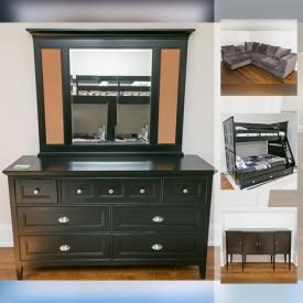 MaxSold Auction: This online auction features a Yamaha keyboard, mirrored side tables, a bunk bed, wall art and much more!