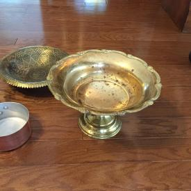 MaxSold Auction: This auction features Dining Table, Kerosene Lamp, Buffet / Hutch, Dinning Chairs, Mirror, Coffee Table, Rug, Ladder, Sectional Couch, Pewter, Sterling Silver, Dresser, High-Boy, Vega enamel, Porcelains & Ceramics, Old Records, Videos, Cassette Tapes, Brass, Copper, Bronze and more!