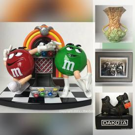 MaxSold Auction: This online auction features art glass, vintage books, vintage fishing gear, legos, comics, collectible teacups, comics, golf clubs, egg cups, laundry pedestal and much more!
