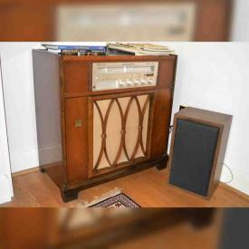 MaxSold Auction: This online auction features Baldwin piano, Vintage Marantz SR1000 stereo, Violin, Vintage China Cabinet, Royal Albert China and More, Curio Cabinet, Projector and its Screen and much more!