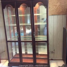 MaxSold Auction: This Orlando estate auction goes to show that if you need help to sell everything in your house, MaxSold is the obvious answer. From china cabinets to ladders we sell it all.