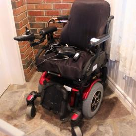 MaxSold Auction: This Wallaceburg Downsizing Online Auction (in a new region for MaxSold) featured a Quantum 600 E Supercycle electric motorized wheelchair, Gingerbread Clocks, Gone With the Wind lamps and more! This auction raised $14,300 and we had a 99% sell through rate. It just shows that if you are looking to downsize we are the people to call no matter where you are.