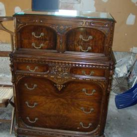MaxSold Auction: Vintage pinball machine, antique pump organ, LG flat screen TV, antique organ stool, vintage record player, lamp, rug, sofa, antiques, ladders, garden, dresser, wardrobe, patio chairs, loveseat, table, wood lot and more!